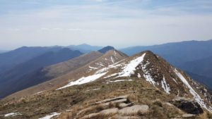 Dal monte Monega il poggio Buoi di Raxin, il monte Bussana 1683 mt e la cima Donzella 1636 mt